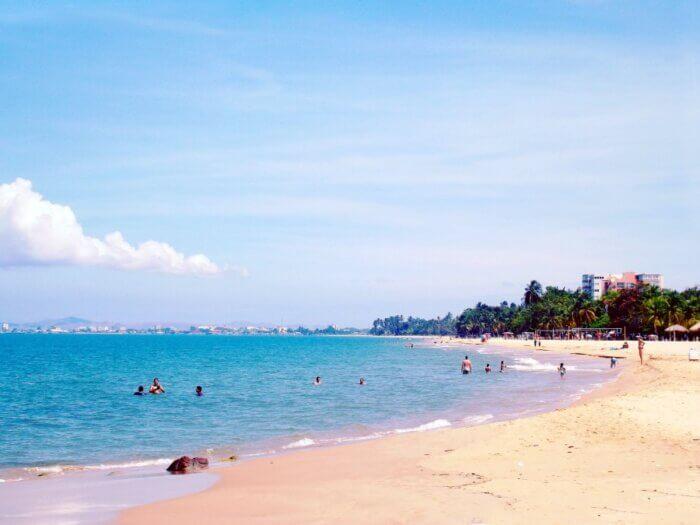 praia representando o que fazer em João Pessoa